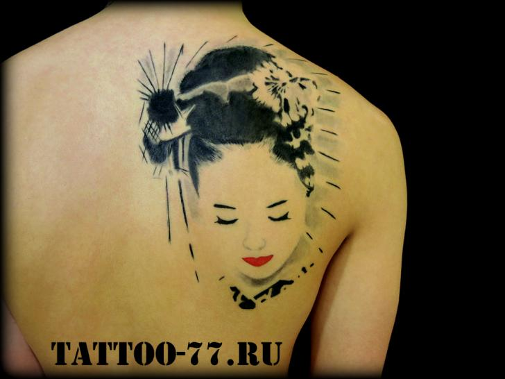 Tatuaje Japoneses Espalda Geisha por Tattoo-77
