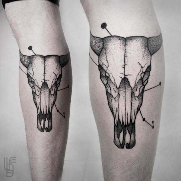 Leg Skull Tattoo by Luciano Del Fabro