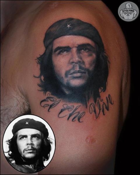 Tatuaggio Spalla Ritratti Che Guevara di Tattoo Power
