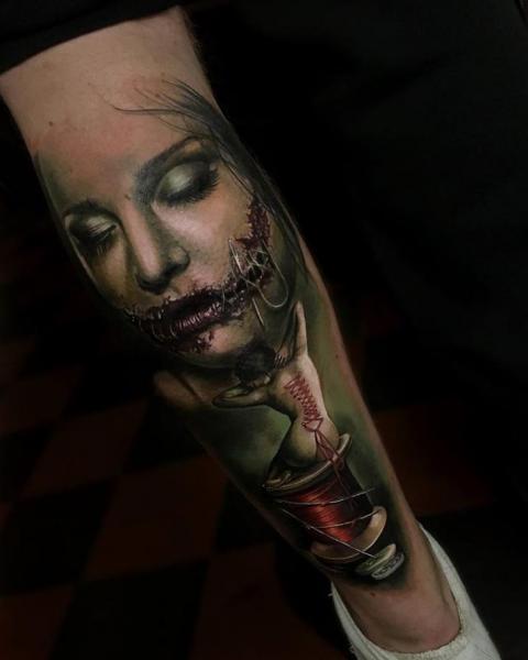 Tatuaje Ternero Mujer por Sam Barber
