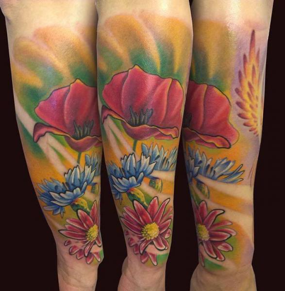 Tatuaggio Braccio Fiore di El Loco Tattoo Lounge