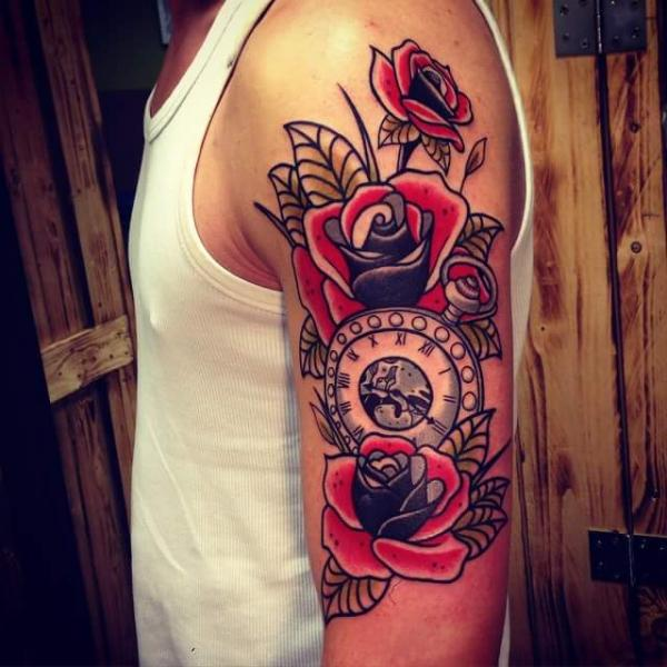 Tatuaje Brazo Reloj New School Flor Por Solid Heart Tattoo