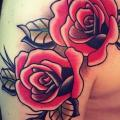 Shoulder Old School Flower tattoo by Solid Heart Tattoo