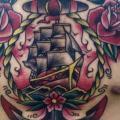tatuaje Pecho Old School Flor Ancla Barco por Fontecha Iron