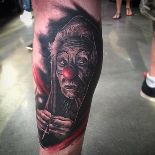 Bein Clown Tattoo von PXA Body Art