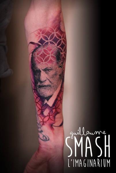 Arm Porträt Tattoo von Imaginarium Tatouage
