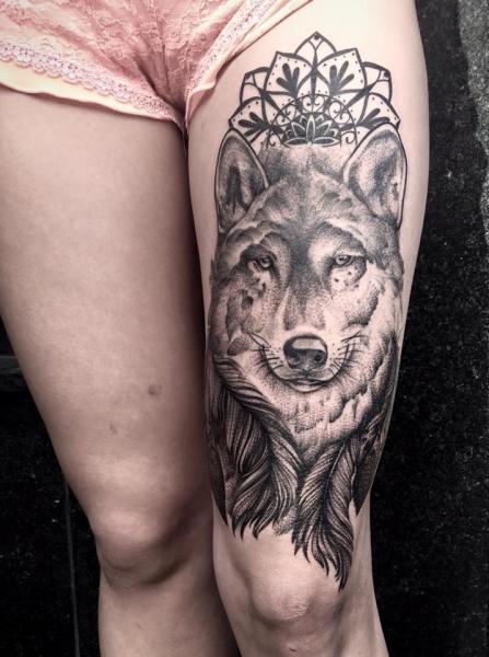 Wolf Thigh Tattoo by Art Faktors