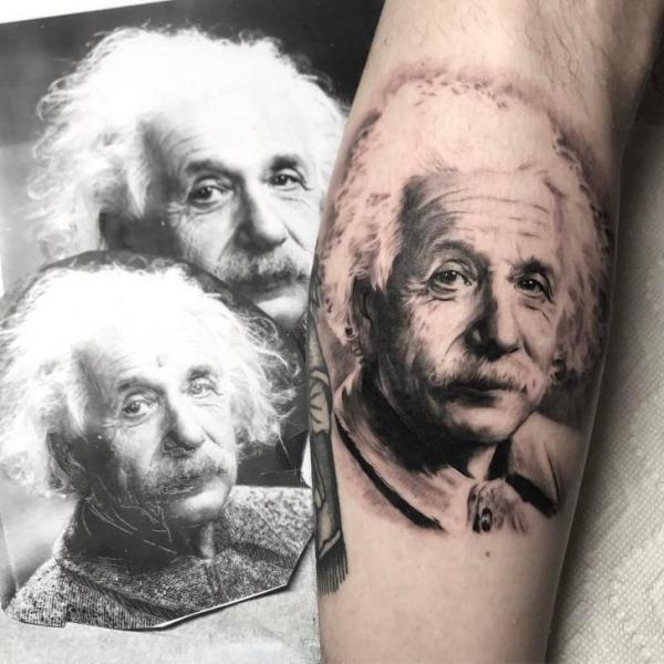 Arm Porträt Einstein Tattoo von Bang Bang