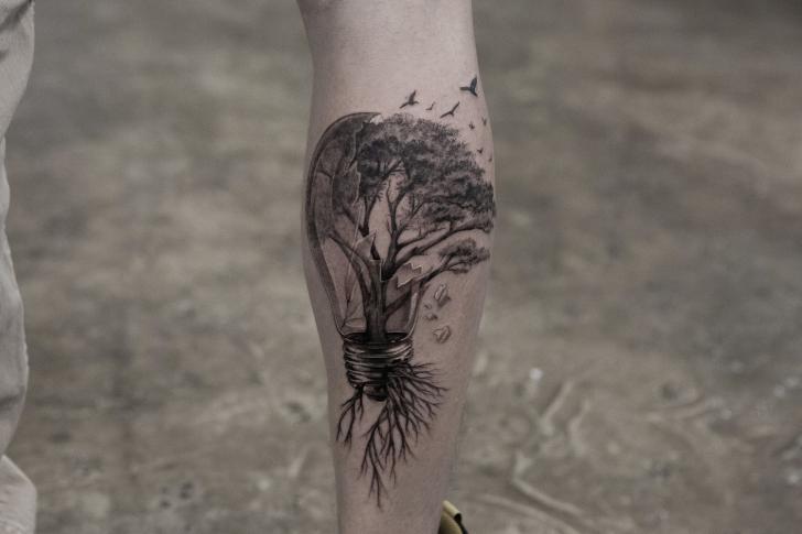 Tatuaggio Braccio Albero di Bang Bang
