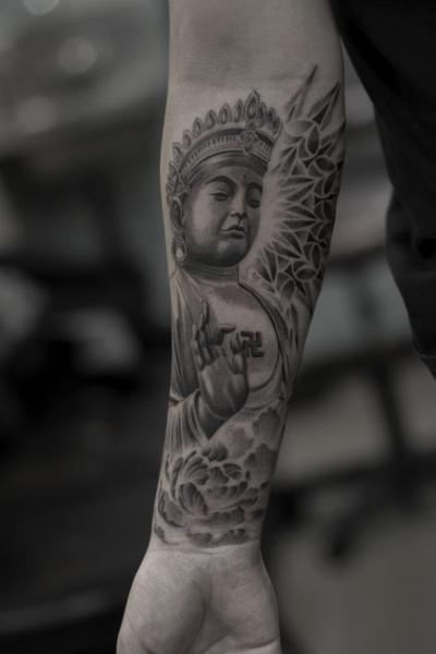 Arm Religiös Tattoo von Bang Bang