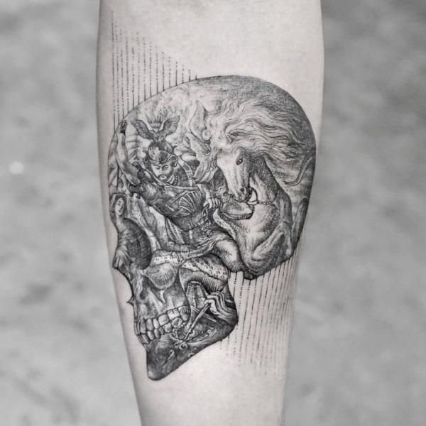 Tatuaggio Teschio Guerriero Dotwork Cavalli di Bang Bang