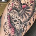 Arm Bird tattoo by Logia Barcelona