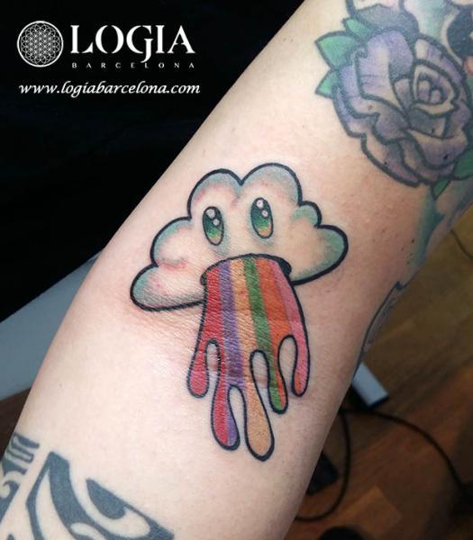 Charakter Wolken Regenbogen Tattoo von Logia Barcelona