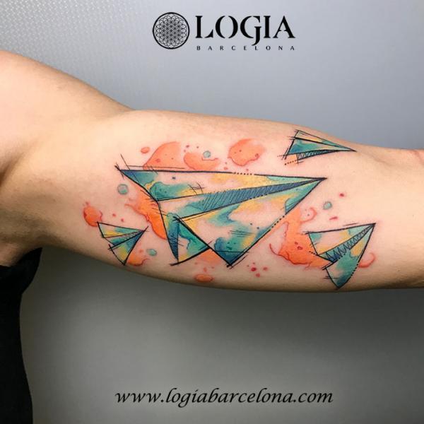 Arm Aquarell Ebene Tattoo von Logia Barcelona