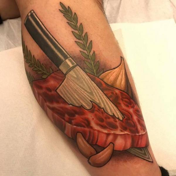 Arm Messer Fleisch Tattoo von Good Kind Tattoo