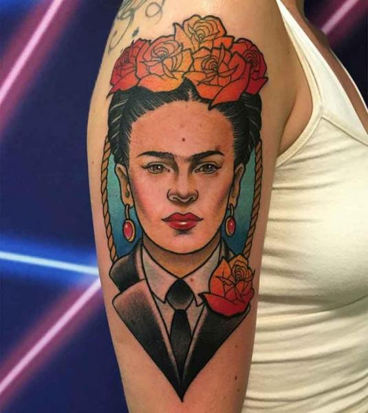 Arm Porträt Frida Kahlo Tattoo von Good Kind Tattoo