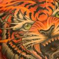 tatuagem Lado Tigre Barriga por Good Kind Tattoo