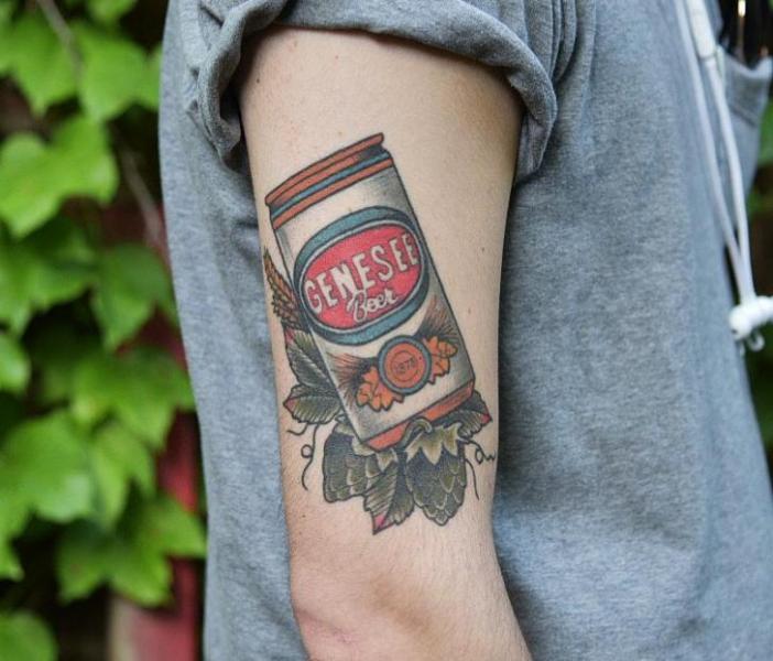 Arm Bär Tattoo von Electric Anvil Tattoo