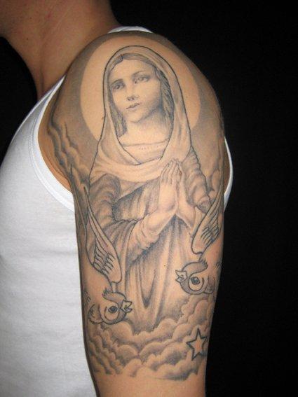 Tatuaje Hombro Brazo Religioso Por Tattoo Valentin