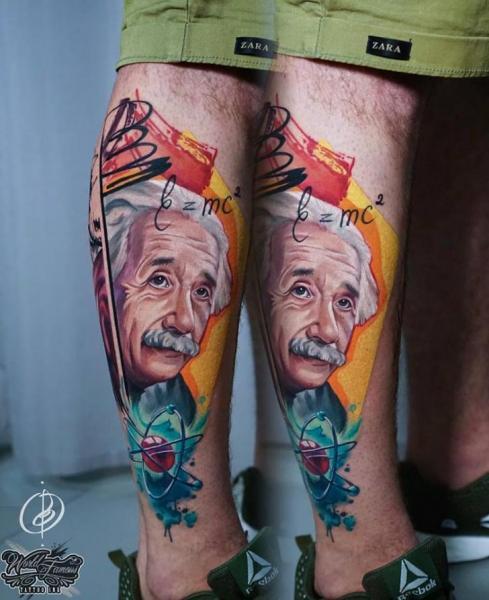 Porträt Bein Einstein Tattoo von Daria Pirojenko
