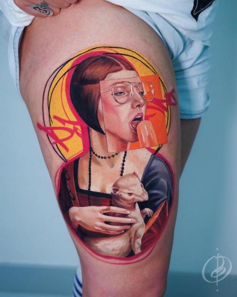 Porträt Oberschenkel Frau Tattoo von Daria Pirojenko