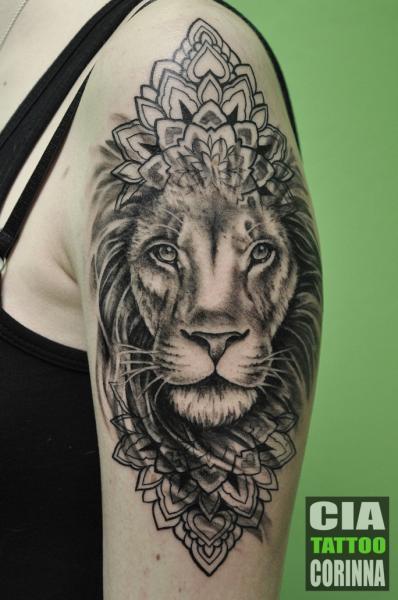 Tatuaggio Spalla Braccio Leone di Cia Tattoo