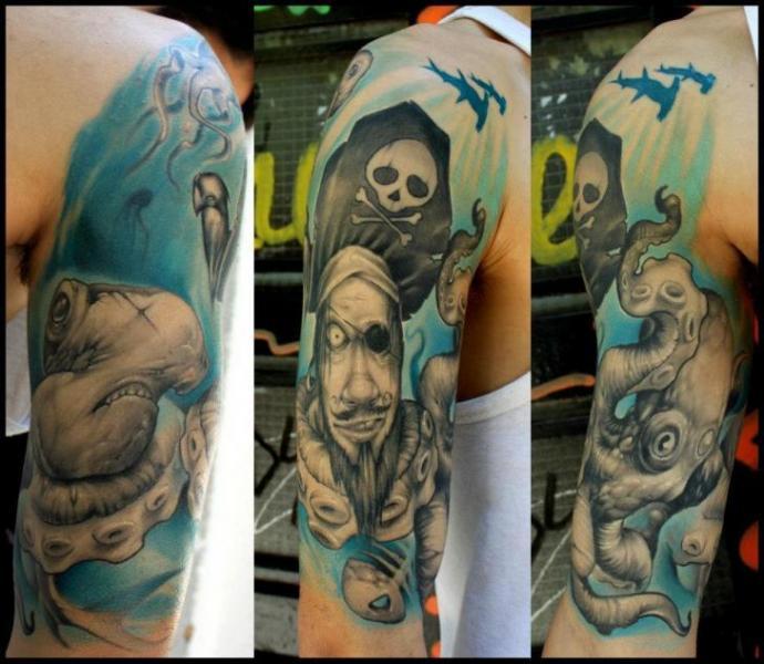 Tatuaggio Braccio Polpo Pirati di Dirty Roses