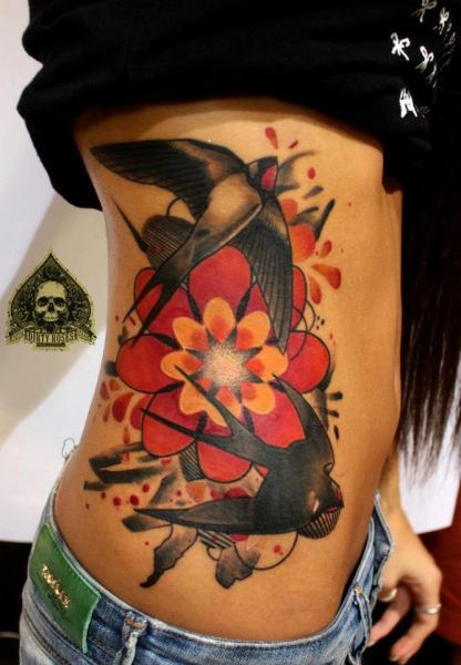 Old School Seite Spatz Tattoo von Dirty Roses