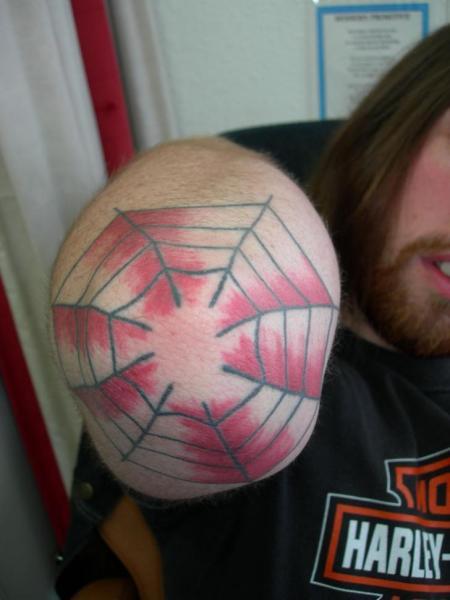 Tatuaż Ręka Pajęczyna Przez Atomic Tattoos