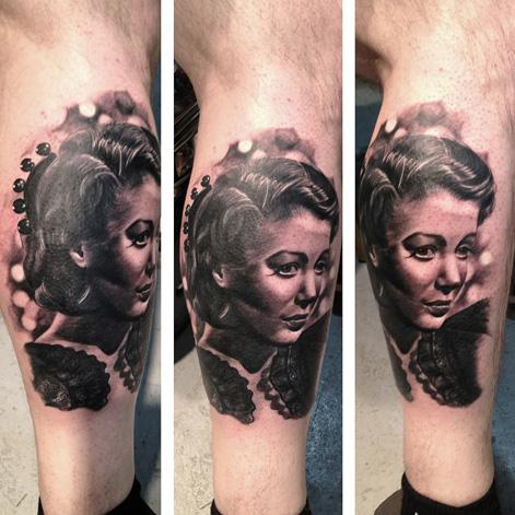 Portrait Realistic Leg Tattoo by Bananas Tattoo