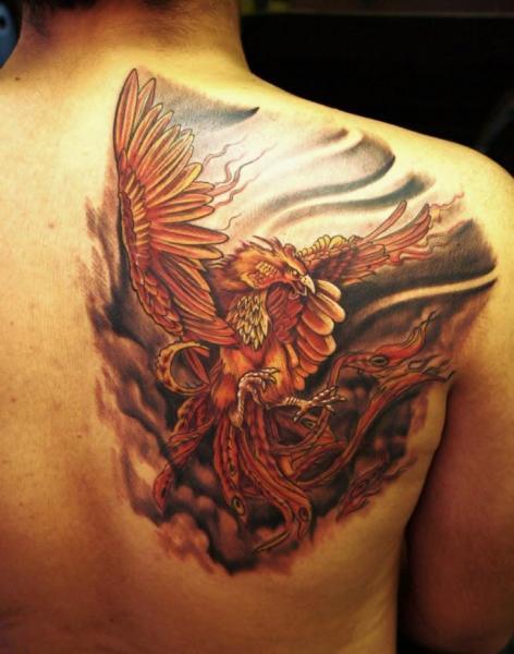 Tatuaggio Fantasy Schiena Fenice di Barry Louvaine