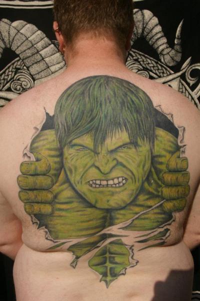 Tatuaggio Fantasy Schiena Hulk di Big Willies Tattoo Shack