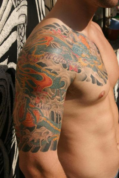 Tatuagem Ombro Japonesas Dragão Por Big Willies Tattoo Shack