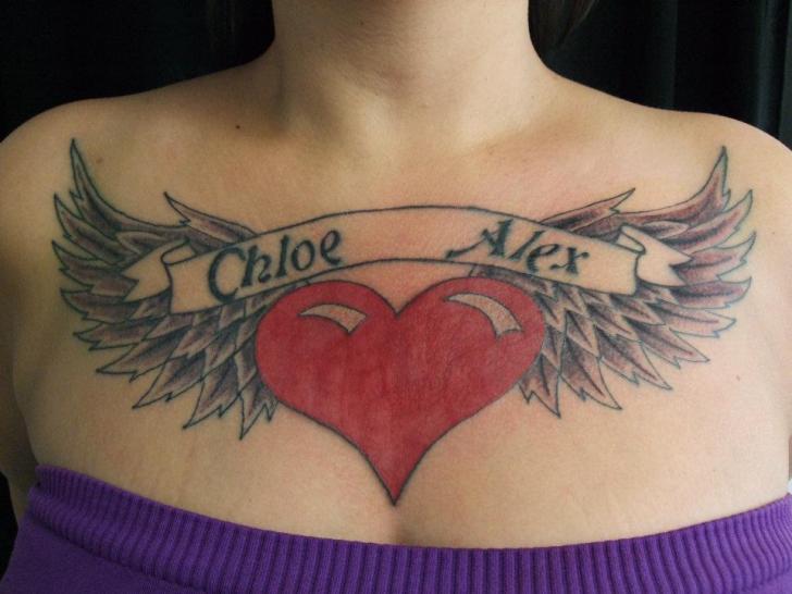 Herz Leuchtturm Flügel Brust Tattoo Von Black Scorpion Tattoos