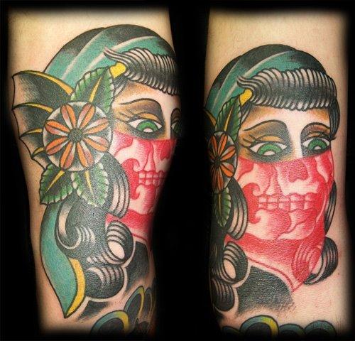 Tatuaje Brazo New School Cráneo Mexicano por Broad Street Studio